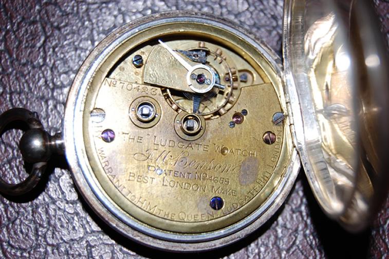 鍵巻き式-1890年製J.W.Benson(J.W.ベンソン)の銀無垢懐中時計~ムーヴメント