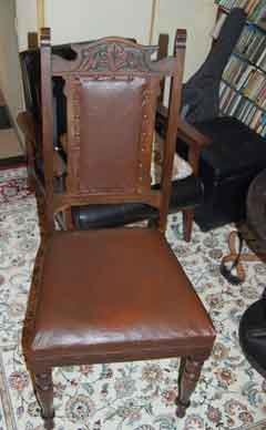 PC用の椅子として使っていた19世紀英国製のダイニングチェアー