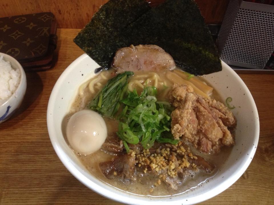 麺処 丹行味素(菊名店):念願の『ガッツリ!極濃醤油麺』950円