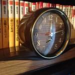 古いSEIKO(セイコー)の置時計:大きな音の機械式目覚まし時計