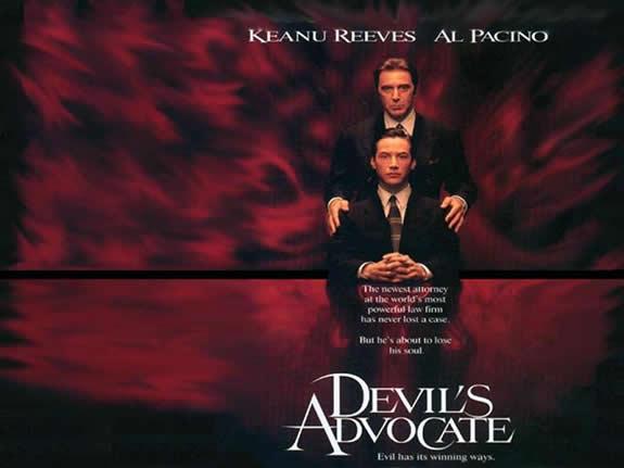 アル・パチーノ、キアヌ・リーヴス、シャーリーズ・セロン出演のサスペンス映画『ディアボロス/悪魔の扉(原題:The Devil's Advocate)』イメージショット。