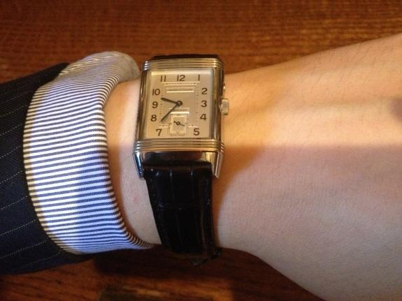 スーツに合うジャガー・ルクルトの腕時計『レベルソデュオ(JAEGER-LE COULTRE Reverso Duo)』
