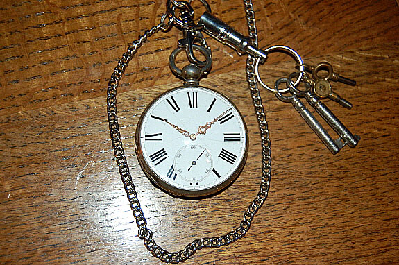 1900年製のJ.W.BENSON(J.W.ベンソン)英国製・鍵巻き式懐中時計