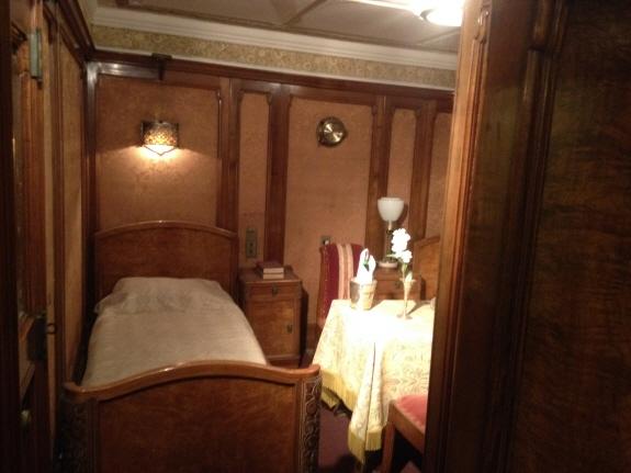 氷川丸の内装。客室その3