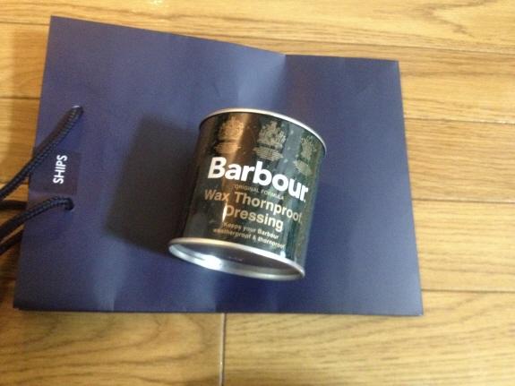 リプルーフ用にモアーズ横浜のSHIPSで購入したバブアーのオイル