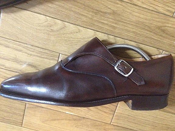 英国靴:チーニー(CHEANEY)のサイドモンクストラップシューズの側面
