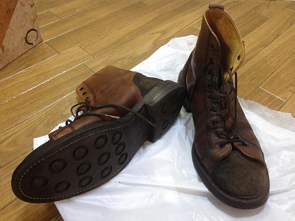 英国靴:トリッカーズ(Tricker's)のモンキーブーツ(M6087)ダイナイトソール