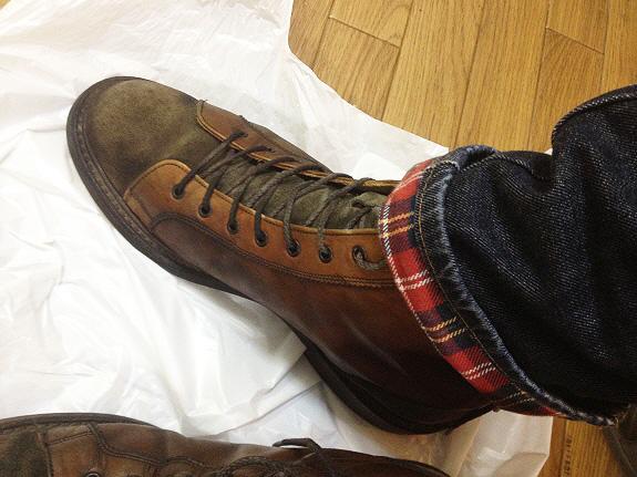 英国靴:トリッカーズ(Tricker's)のモンキーブーツ(M6087)コーディネート
