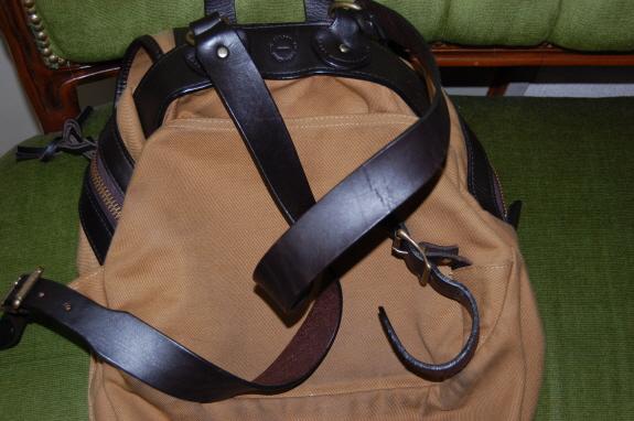 背面の様子。バッグのエイジング・色落ち記録1:FILSON(フィルソン)のリュックサック