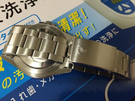 超音波洗浄器で腕時計(ロレックス)を洗浄