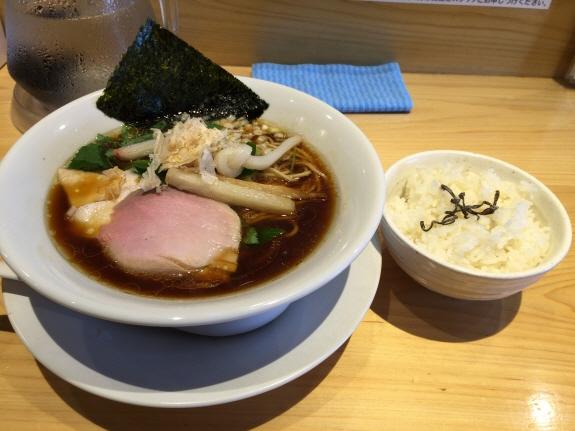 上品な味わい!『むぎとオリーブ』:日比谷線東銀座駅の鶏SOBA